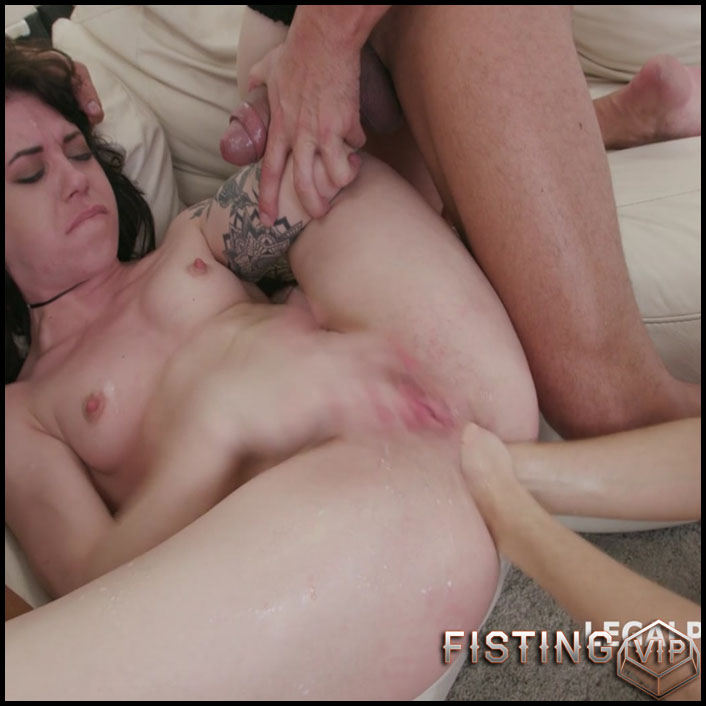 Dominica Phoenix and Monika Wild double fisting to prolapse porn - HD-720p, double fisting, lesbian fisting (Release February 3, 2017)