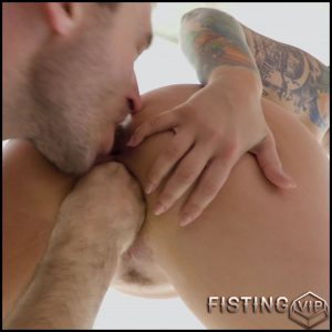 Ivy Labelle gets fisted and rough deepthroat fuck – Full HD-1080p, anal fisting, anal insertion (Release March 3, 2018)