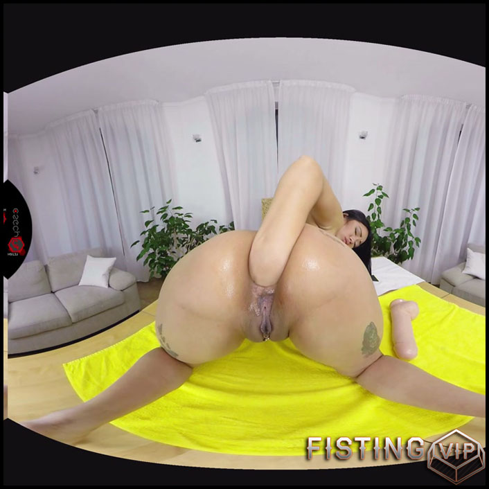 Jureka Del Mar anal fisting and monster dildo in rosebutt loose - anal fisting, solo fisting, VR porn (Release February 25, 2017)