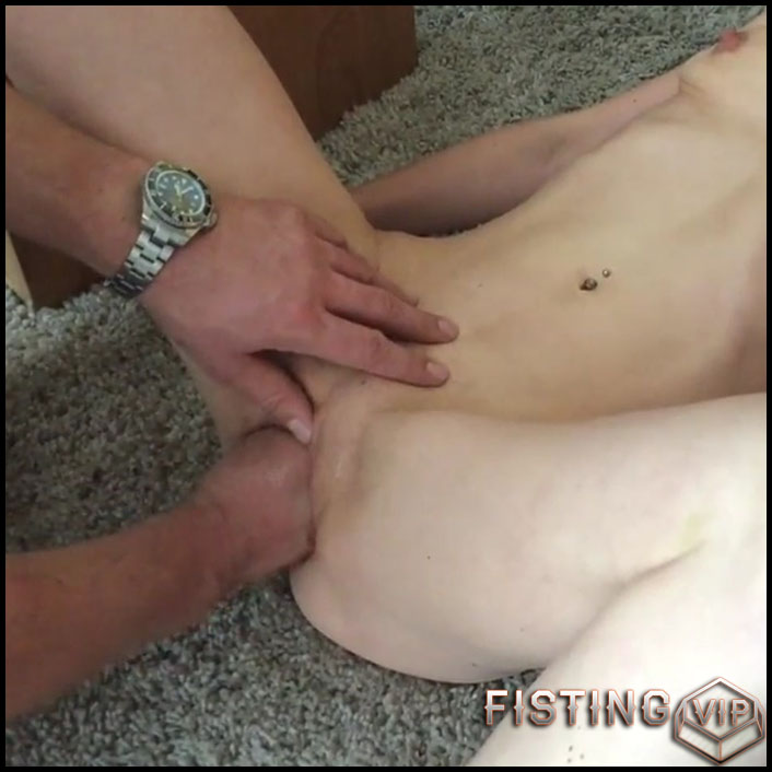 Abuse german girl gets fisted vaginal homemade - HD-720p, amateur fisting, couple fisting, pussy fisting (Release March 31, 2018)