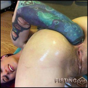 Badlittlegrrl penetration monster dildo and hand in her wet asshole gape – Full HD-1080p, huge dildo, monster dildo, solo fisting (Release March 19, 2018)