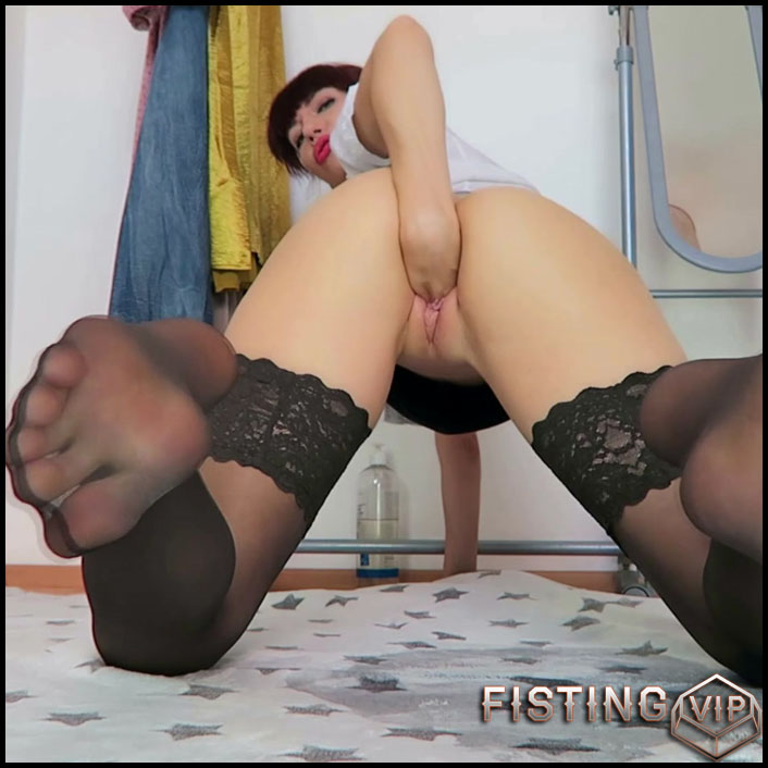 Mylene nylon layers, piss, fisting, DP - Full HD-1080p, huge dildo, long dildo, solo fisting (Release March 18, 2018)
