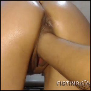 Amateur russian wife closeup vaginal fisting and butplug fucked – HD-720p, amateur fisting, pussy fisting (Release April 3, 2018)