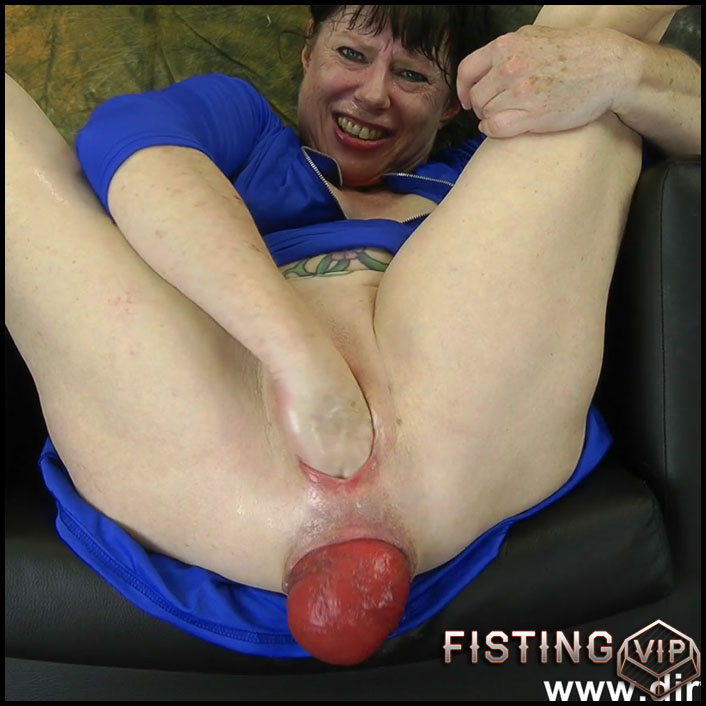 DirtyGardenGirl urethral sounding, double fisting and prolapse loose - Full HD-1080p, double fisting, pussy fisting (Release April 20, 2018)