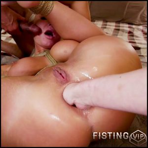London River and Cherry Torn bondage and fisting domination hardcore – HD-720p, anal fisting, deep fisting, double penetration (Release April 20, 2018)