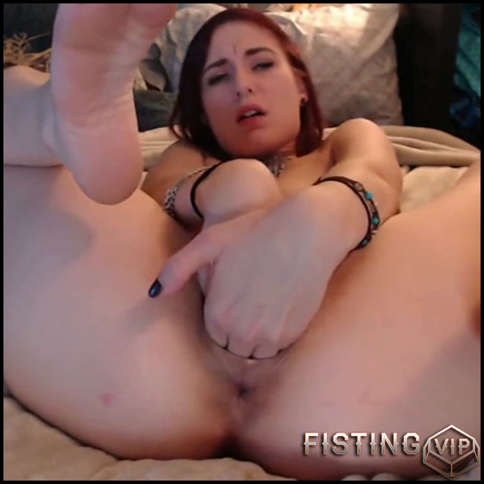 Milly17 double vaginal fisting and dildo rides - colossal dildo, double fisting, pussy fisting (Release April 29, 2018)