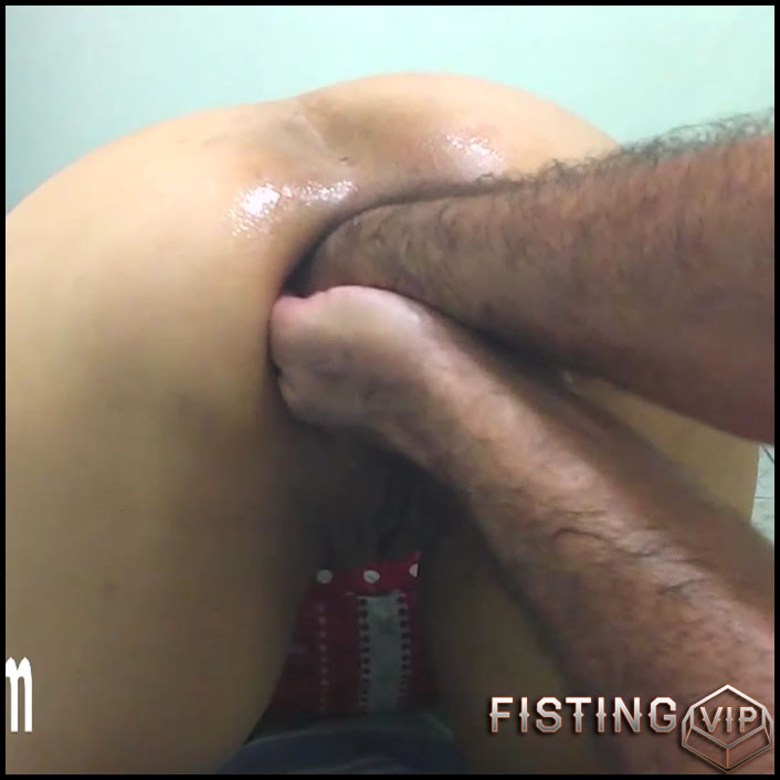 Sexy wife gets fisted and bottle in prolapse anus homemade - HD-720p, amateur fisting, double fisting (Release April 29, 2018)