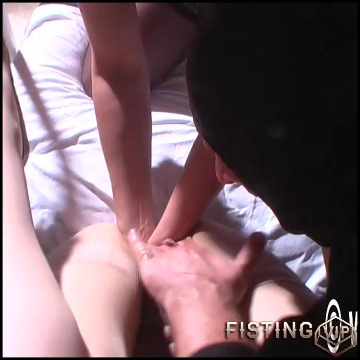 Unique amateur double pussy fisting sex - HD-720p, amateur fisting, deep fisting, double fisting (Release April 21, 2018)
