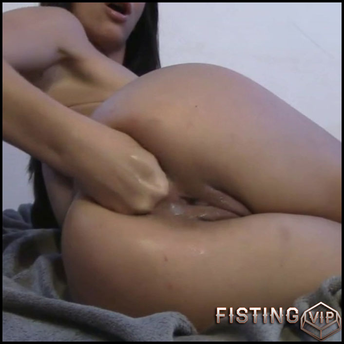Extremely Painful Anal Fisting