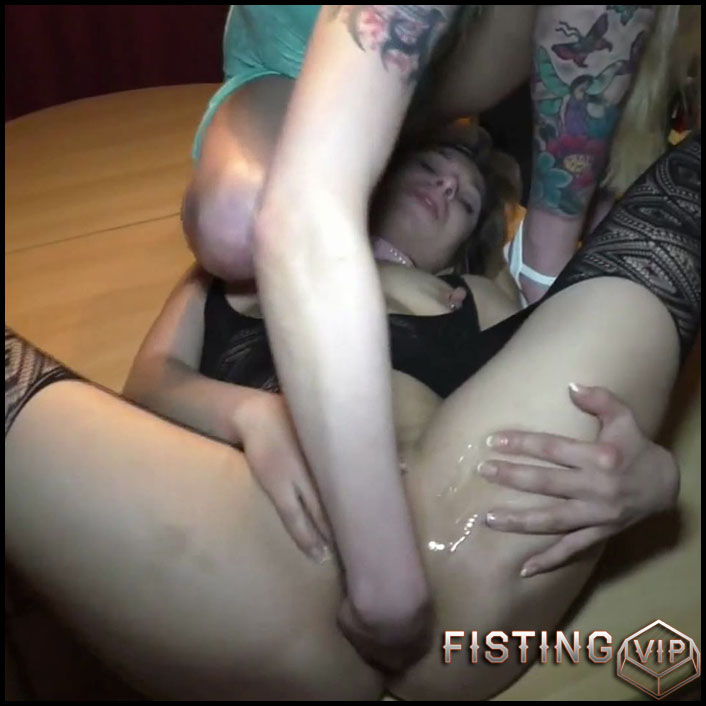 German blonde gets double cucumber in wet pussy homemade - Full HD-1080p, amateur fisting, cucumber pussy, pussy fisting (Release May 11, 2018)1