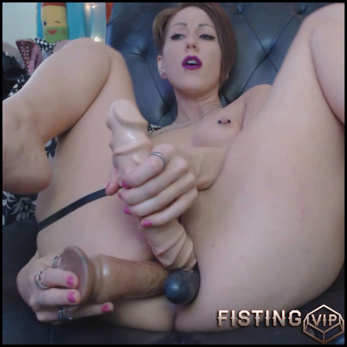 Triple ass dildo in pussy sorry