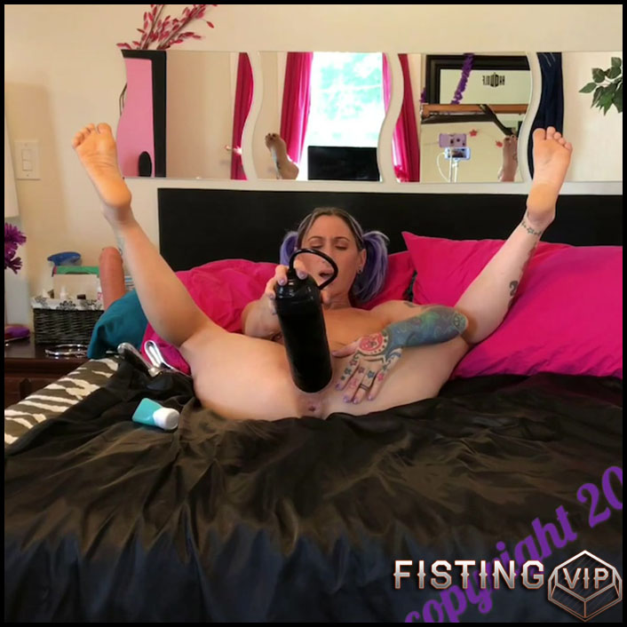 Webcam tattooed girl Badlittlegrrl sore little pussy - part 1 - Full HD-1080p, BBC dildo, pussy fisting, solo fisting (Release May 2, 2018)