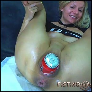 Coca-Cola tin, dildo and fist deeply in stretched wifes cunt RaisaWetsX – mature fisting, pussy fisting (Release June 15, 2018)