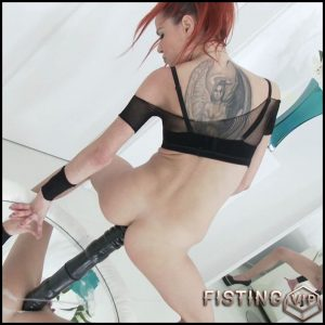 Susana Melo monster black dildo in anal gape and try fisting – HD-720p, colossal dildo, huge dildo, solo fisting (Release July 10, 2018)