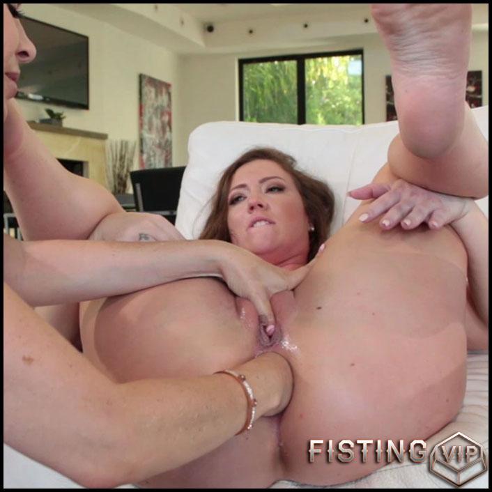 Lesbian Anal Strapon Maid