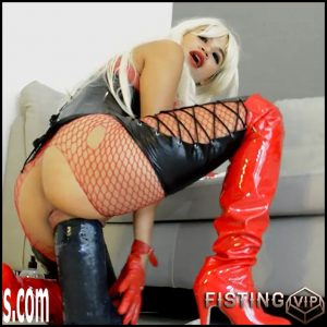 Busty girl with long red boots gets monster strapon vaginal domination – HD-720p, colossal dildo, huge dildo, monster dildo (Release August 30, 2018)