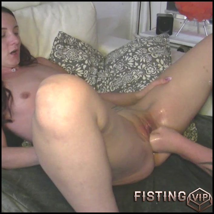 Amateur Couple First Threesome