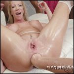 Dominica Phoenix and Sasha Zima fisting domination to Lara De Santis – HD-720p, deep fisting, mature fisting (Release October 13, 2018)