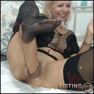 Russian Raisa vaginal and anal fisting hard porn – pussy fisting, solo fisting (Release October 22, 2018)