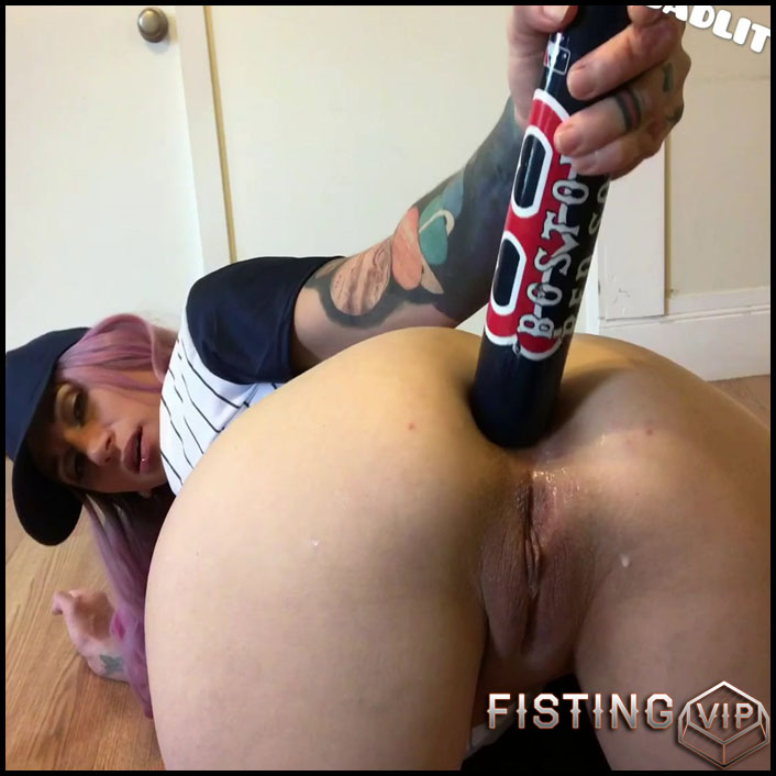 Badlittlegrrl baseball practice – extreme anal play with balls - Full HD-1080p, ball anal, baseball bat (Release November 19, 2018)