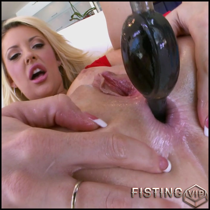 Courtney Taylor double penetration with balls and rubber dildo - Full HD-1080p, double dildo, huge dildo (Release November 27, 2018)