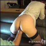 Masked hot wife with gaping pussy enjoy deep fisting homemade – HD-720p, amateur fisting, pussy fisting (Release November 6, 2018)