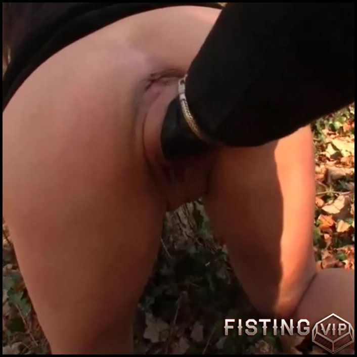 Masked wife outdoor gets vaginal fisted and squirt - HD-720p, deep fisting, fisting outdoor, pussy fisting (Release November 17, 2018)