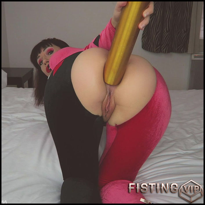 Mylene Harley Quinn Better! Baseball bat anal – Halloween porn - Full HD-1080p, anal fisting, solo fisting (Release November 3, 2018)