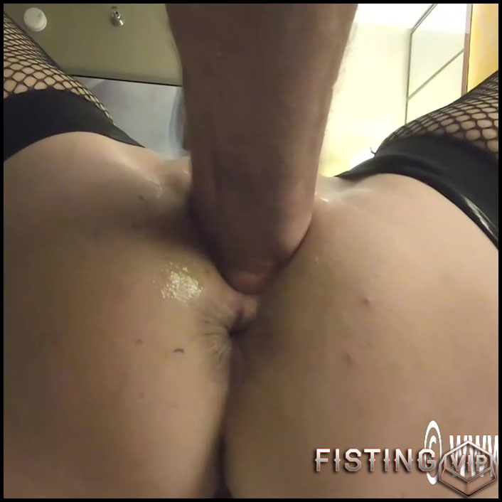 Amateur Fatty Wife Gets Vaginal Fisted - Hottabbycat - Pussy Fisting