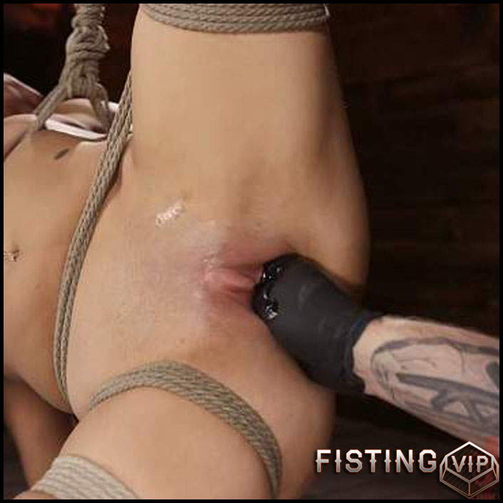 Bondage Domination, Throat Fuck And Fisting - Victoria Voxxx - Extreme Fisting