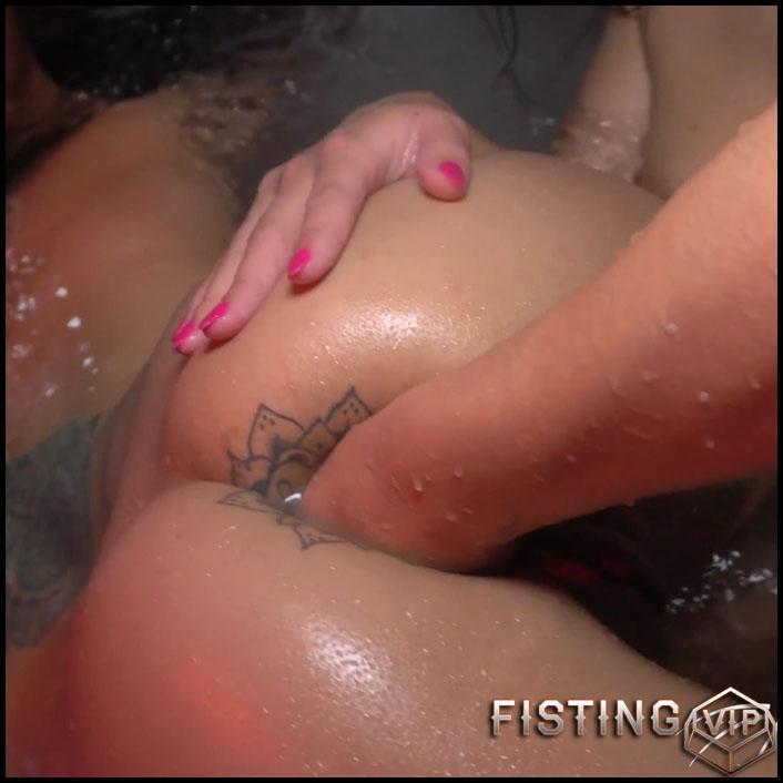 Dirty Bathtub Fun In 4k Quality - Kitty Jaguar - Couple Fisting, Gangbang Fisting