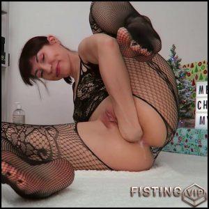 Feet, Anal Fisting, Dildo Xxxmas Porn – Mylene – Solo Fisting