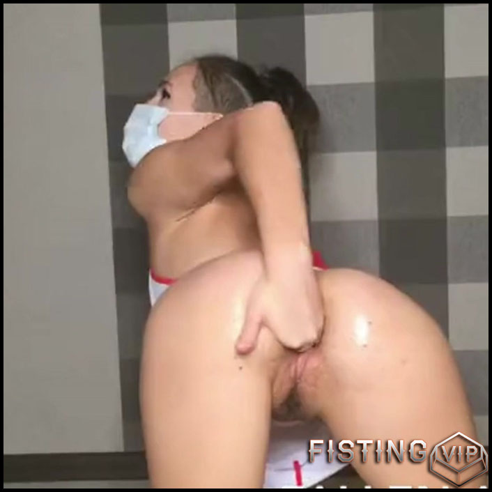 Honey Hot Nurse In Mask Makes Fisting In Doggy Pose - Anastazzzi - Amateur Fisting