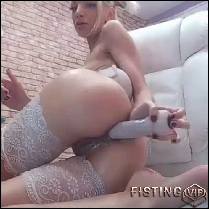 Young Anal Dildo Webcam