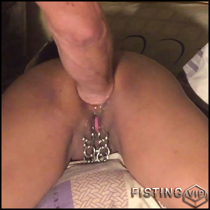 Wife With Amazing Piercing Pussy Gets Hot Anal Fisting - Amateur Fisting