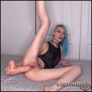 Awards Anal Queen Webcam – Mohawk Molly – Huge Dildo, Teen Anal