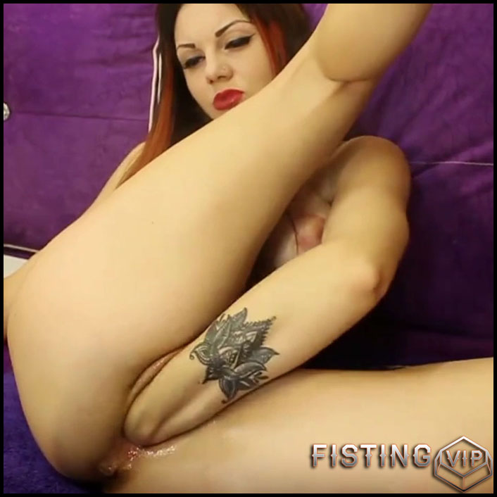 Russian Redhead Girl Try Deep Vaginal Fisting In This Amazing Webcam - Moonchristine - Pussy Fisting