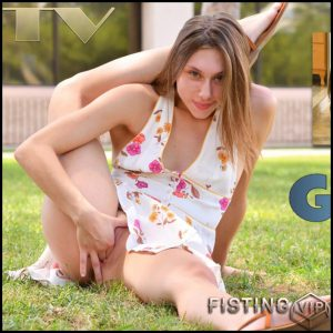 The Naughty Teen Vaginal Fisting Sex Part 2 – Gracie – Solo Fisting