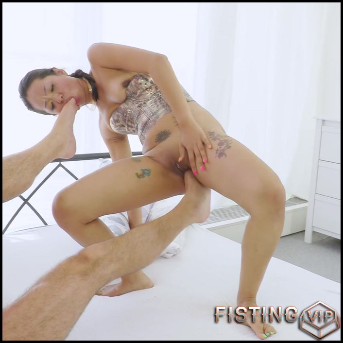 Amazing Domination To The Limit – Footing, Throat Fuck And Anal Sex - Jureka Del Mar - Foot Fisting