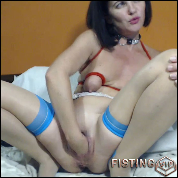Giant Ball Penetration And Prolapse Pump Herself - Kinkyvivian - Pussy Fisting