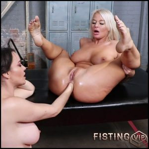 Speculum, Fisting And Monster Dildo Rides – London River and Dana Dearmond – Lesbian Fisting, Deep Fisting