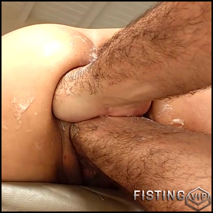 Amazing Mature Gets Fisted And Champagne Bottle - Deep Fisting, Bottle Anal