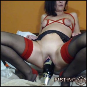 Giant Champagne Bottle In Pussy – Kinkyvivian – Bottle Riding, Mature Fisting