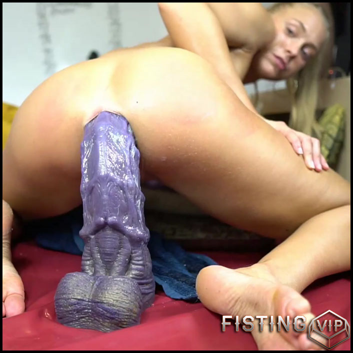 Black Teen Dildo Squirt