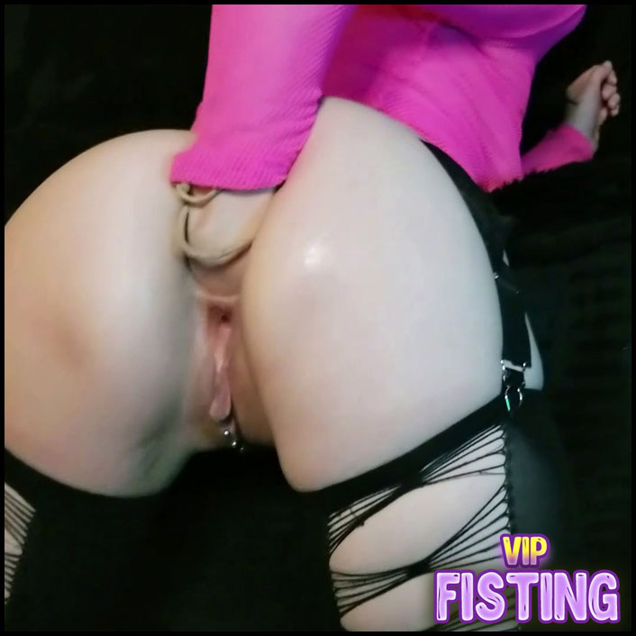 Large Labia Girl Butt Plug Fuck And Fisting Sex Herself Very Closeup - AdalynnX - Solo Fisting, Webcam Fisting