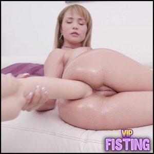 First Peeing Domination To Latin Girl – Natasha Teen – Colossal Dildo