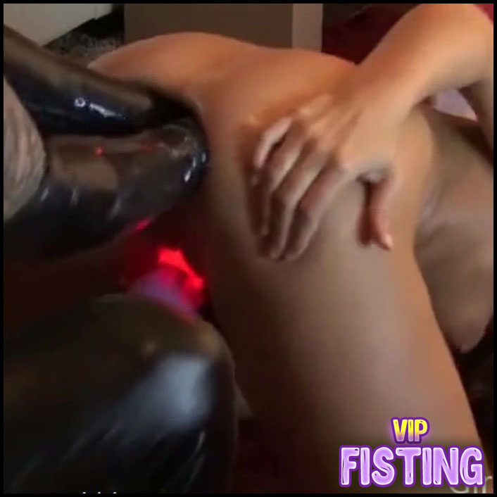 Rare Teenie Does Extreme Fisting And Footing - Siswet19 - Double Fisting