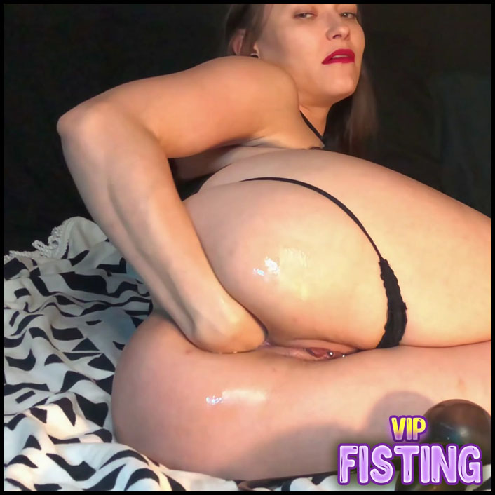Inflatable Buttplug For Prolapse Ass 1 In 4k Quality - AdalynnX