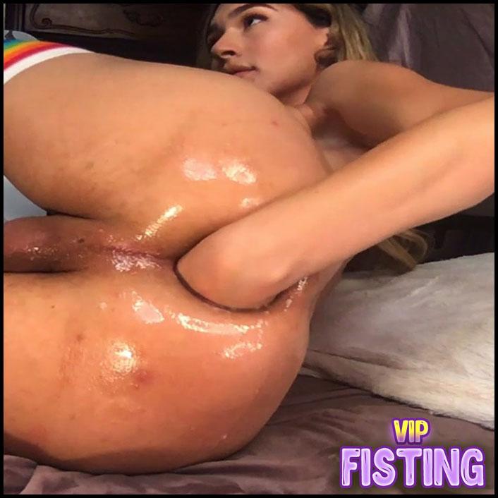 Andylynnpayne Fisting + Cumshot On Ass