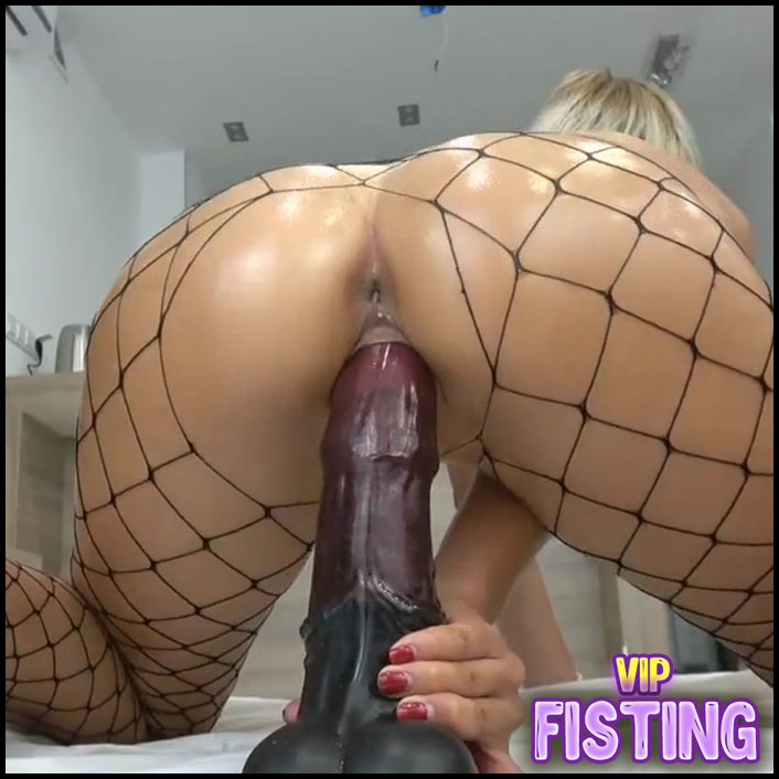 Fantastic Rides On A Dildo And Creampie Inside - Carry Light